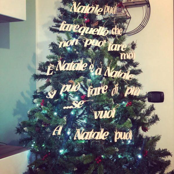 Frase Canzone Albero Natale